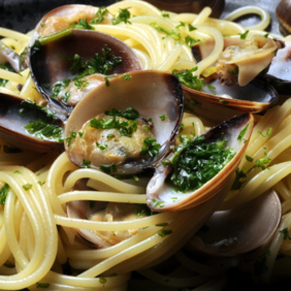 Spaghetti con le vongole       Cucina napoletana Masakan Campania